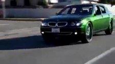 arabanın göz yanıltan boyası