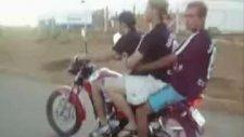 motosikleten çok kötü düşüş!