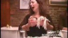 Çılgın Kadın Ve Ilk Ve Son Yemek