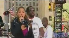 Shakira - Hips Dont Lie Live Today Show