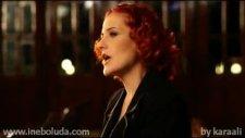 Candan Erçetin - Kırık Kalpler Durağında-Hq Video