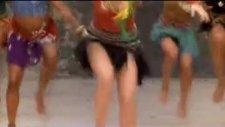 Shakira//waka Waka2010 Dünya Kupası Orjinal Klip