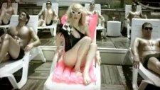 Hande Yener - Bodrum -- Yeni Klip 2010