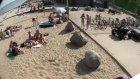 sahilde kızlara artistlik yapmaya çalışmanın sonuc
