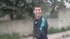Kendini Cristiano Ronaldo Zannediyor