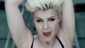 Robyn-Dancing On M......