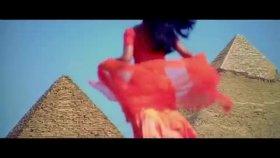 Shahrukh Khan - Suraj Hua Madham