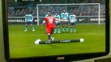 Pes 2011  Robben İn Muhteşem Frikik Golü