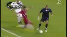 hatalı gol yedi gurur yapıp oyundan çıktı!