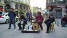 İstanbul Tünelde Sokak Çalgıçıları  Mustafadolu