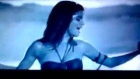 Selena Gomez - A Year Without Rain Müzik Videosu