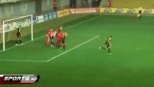 penaltı kurtarıp rezil olmak