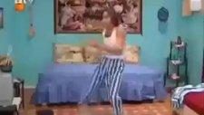 ilk apaçi dansını gaffur buldu xd