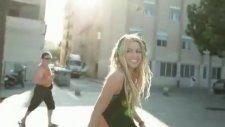 Shakira - Loca Ft. Dizzee Rascal (2010)