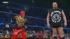 big show ve rey mysterio birlikte kane'i dövüyor