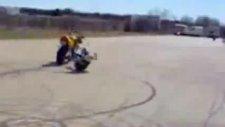 motor kazası - kafa kafaya çarpıştılar