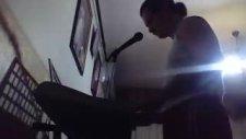 Piyanist Uğur
