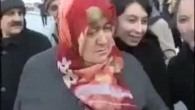 Türk Teyzenin Sevgililer Günü Heyecanı