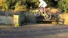 Bisikletle Fena  Düştü
