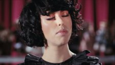 Kimbra - Settle Down Official Music Video
