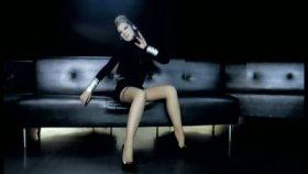 Petek Dinçöz - Ben Bir Şarkıyım Söz Müzik Sensin