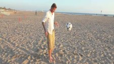 beckham'dan sahilde futbol şov