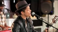 Bruno Mars - The Lazy Song Live [hd]
