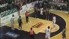 Kendi Potasına Basket Atan Oyuncu