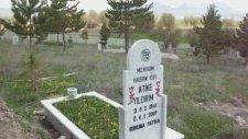 Esence Kasabasında Mezar Taşlarımız