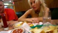 sarhoş kızın yemek macerası