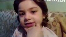Saçlarından Bir Tel Aldım Küçük Kız