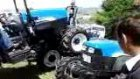 traktor new holland showmus