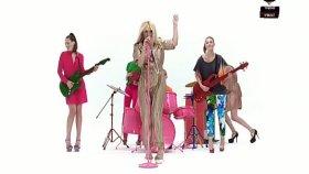 Sinan Akçıl Ft. Hande Yener Atma 2011 Yeni Klip