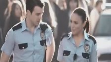 ziynet sali -bize yeter polis klibi 2011