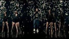 Rihanna - Umbrella Orange Version Ft. Jay-Z