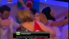 Eurovizyon 2011 Ell & Nikki Türk Bayrağıyla
