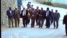 Mahmutbey Köy Düğünlerinde Mahmutbey'lilerin Davetiye Gelişi.