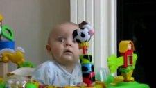 Bebek Güldü Korktu Kararsız Kaldı!