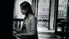 Rafet El Roman Direniyorum Orjinal Video Klip 2011 Süperr