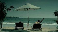 E-40 - Wake It Up Feat Akon Music Video W Dead Card