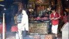 Tapinakta İbadet Eden Çinli - Macau-A-Ma Temple