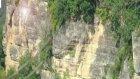 havalandırma bacalı kaya mezarlar