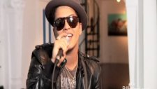 Bruno Mars- Just The Way You Are Live 2011 Studio Version