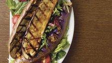 Izgara Patlıcanlı Sezar Salata Tarifi