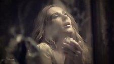 Funda Arar - Aşkın Bana Değdi Değeli - [2011] - [orijinal Video Klip]