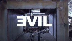 bad meets evil feat. eminem royce da 5'9 - fast lane