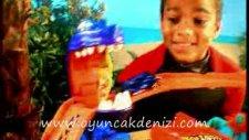 Mattel Hot Wheels Çılgın Sharky Sahilde