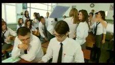 Sınıfta Kal Burcu Güneş