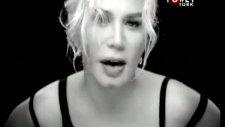 Sezen Aksu - Unuttun Mu Beni - [2011] - [orijinal Video Klip]