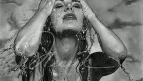 Kerem38 - Yağmurlar Bak Bu Akşam Gözlerimden Damlar Olmuş
